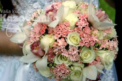 BDM 073. Bidermajer - Orhideja, Buvardija, Akito ruža