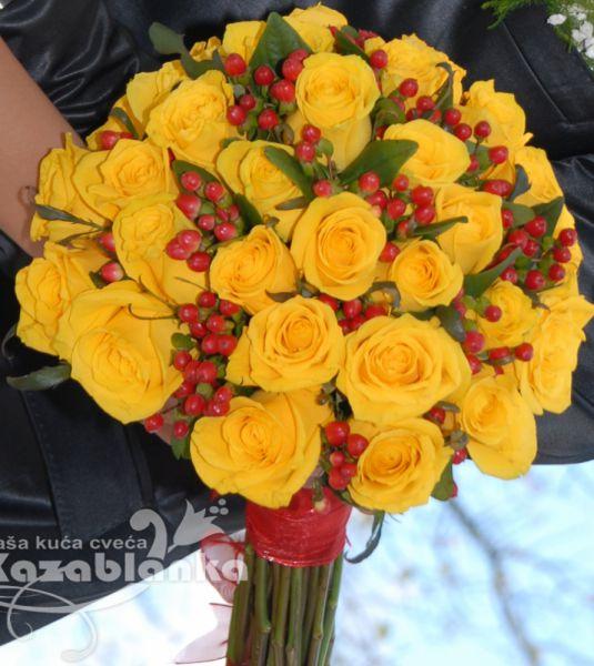 BDM 034. Bidermajer - Žute ruže i hiperikum